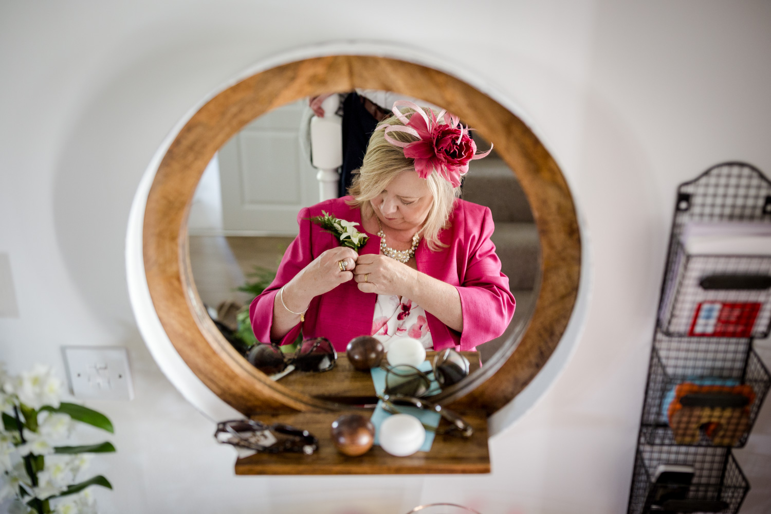 Mother of the bride getting ready