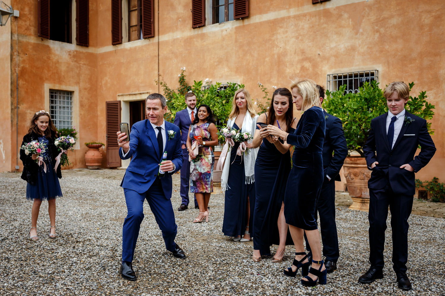 Villa Catignano wedding guests