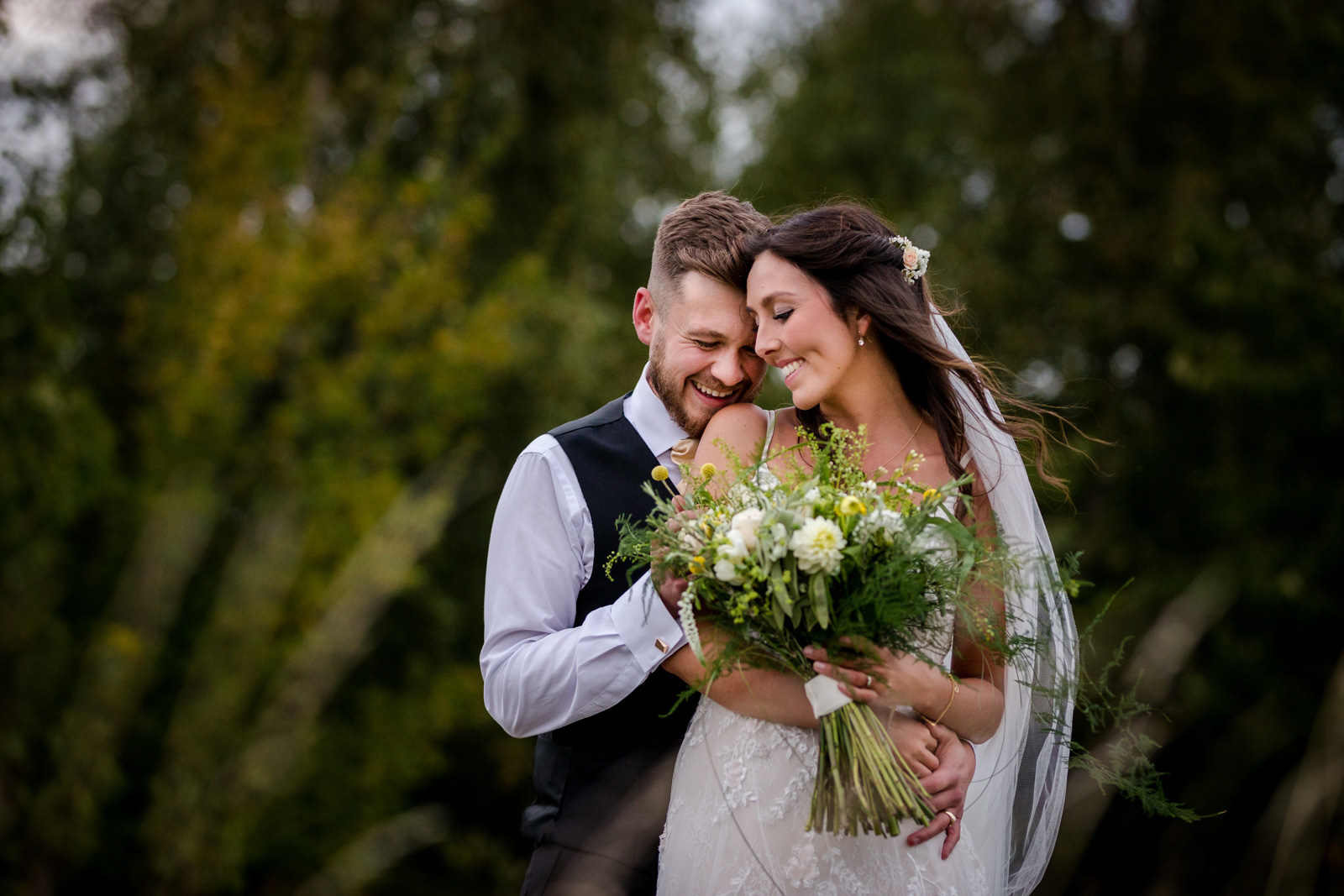 Bride and Groom at a wedding in Bedfordshire