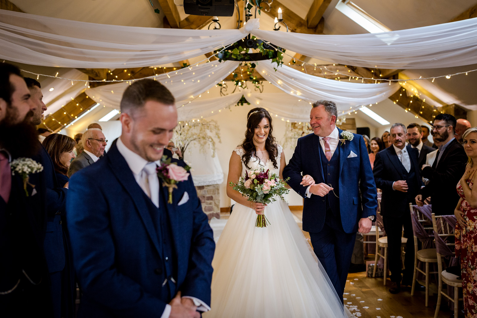 Leanne & Paul's Beeston Manor Wedding