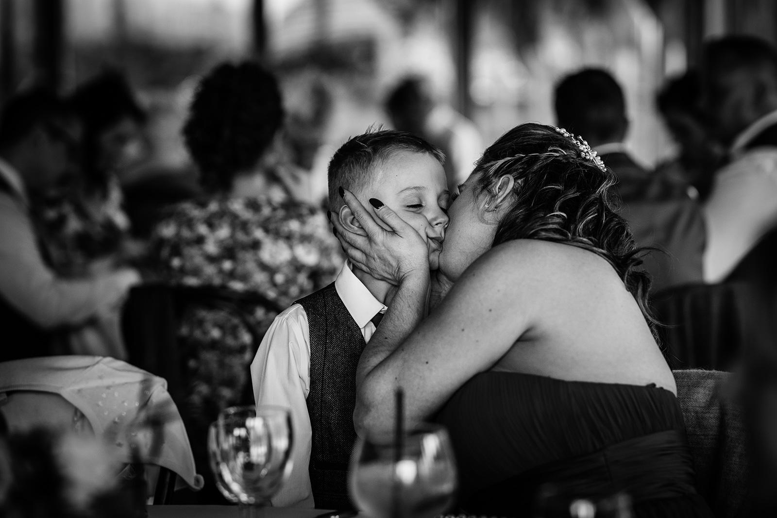 Big Kiss at Hazel Gap Barn in Nottingham